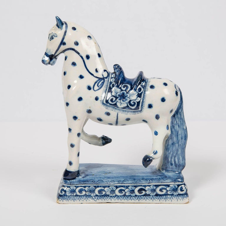 Dutch Delft Blue and White Horse 18th Century Made circa 1780 In Excellent Condition For Sale In New York, NY