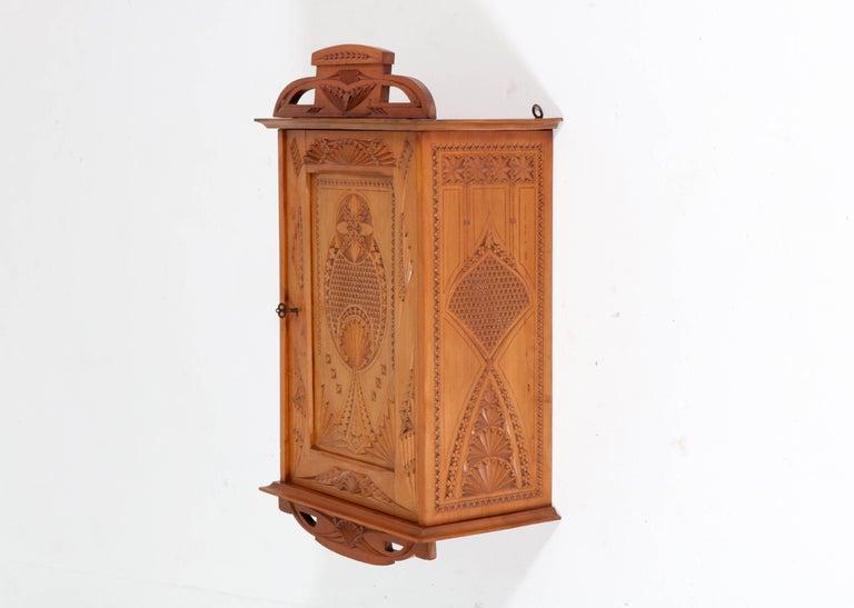 Dutch Fruitwood Art Nouveau Kerfschnitt Wall Cabinet, 1900s For Sale 3