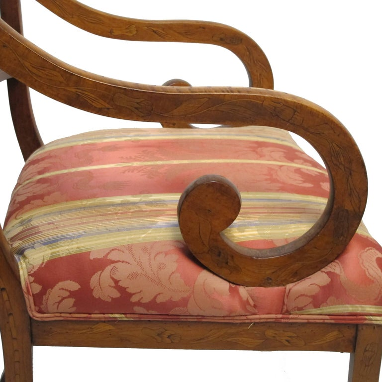 Dutch Mahogany and Satinwood Marquetry Inlay Armchair, circa 1800 For Sale 8