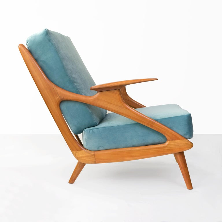 Dutch Mid-Century Modern Carved Cherry Armchair by B. Spuij's In Excellent Condition For Sale In New York, NY