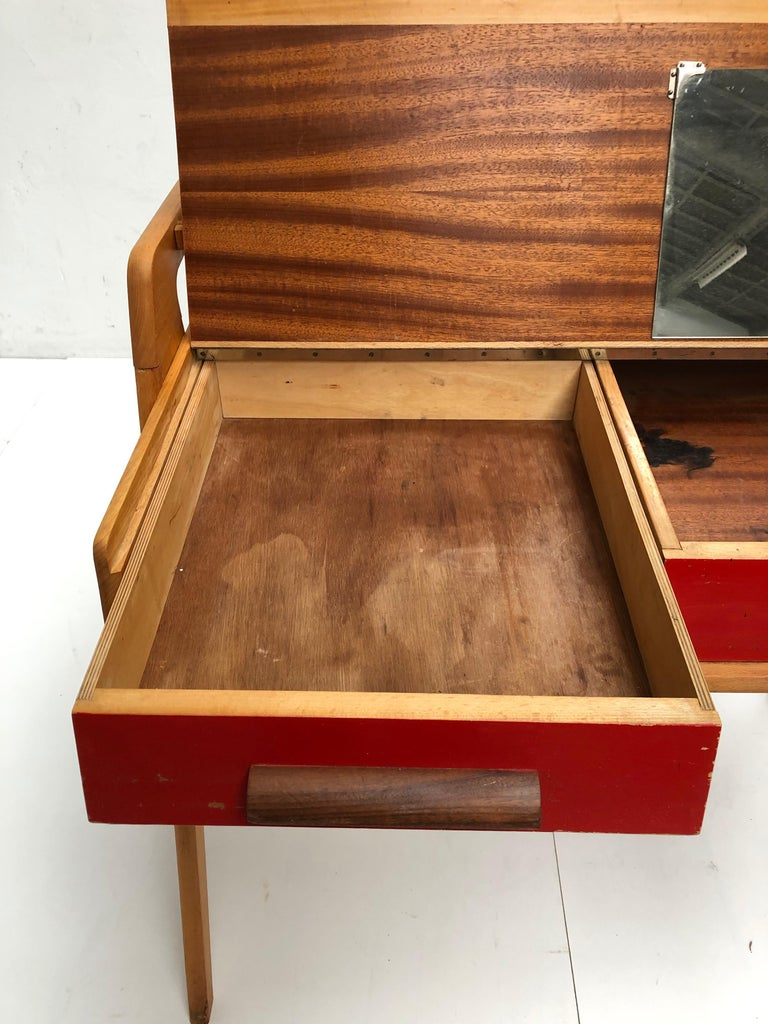 Dutch Mid-Century Modern Solid Birch Vanity Desk by Everest Furniture, 1950s For Sale 7