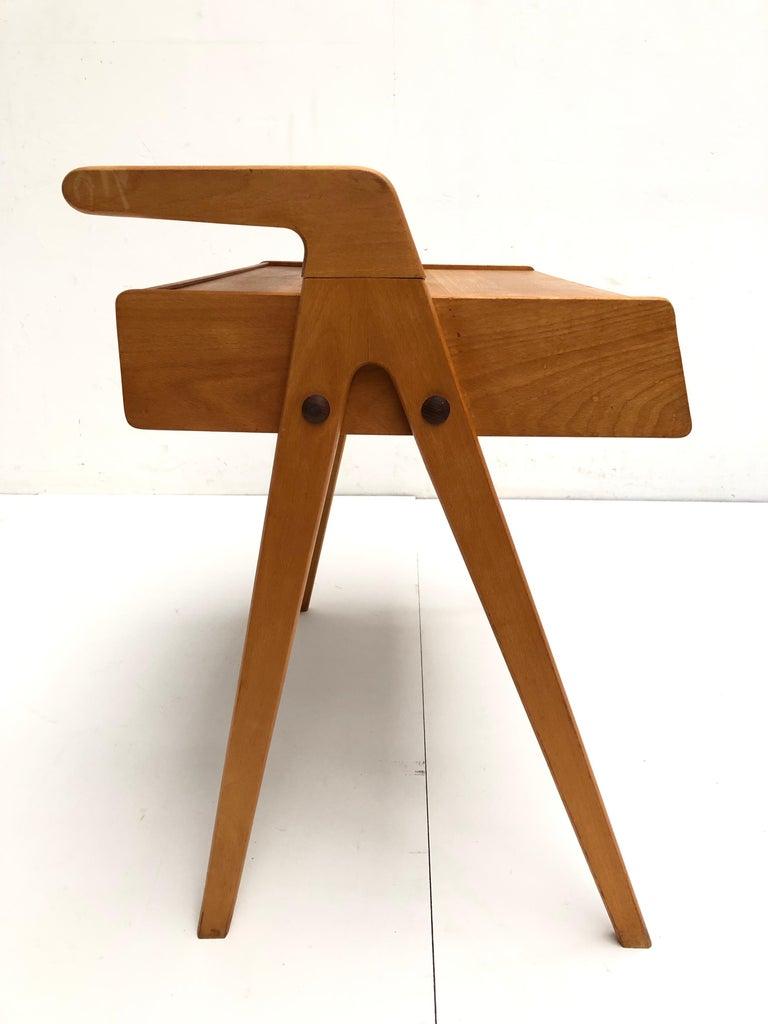 Dutch Mid-Century Modern Solid Birch Vanity Desk by Everest Furniture, 1950s For Sale 8