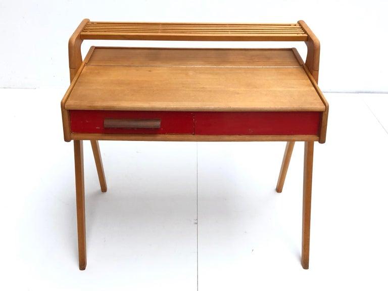 Dutch Mid-Century Modern Solid Birch Vanity Desk by Everest Furniture, 1950s In Good Condition For Sale In bergen op zoom, NL