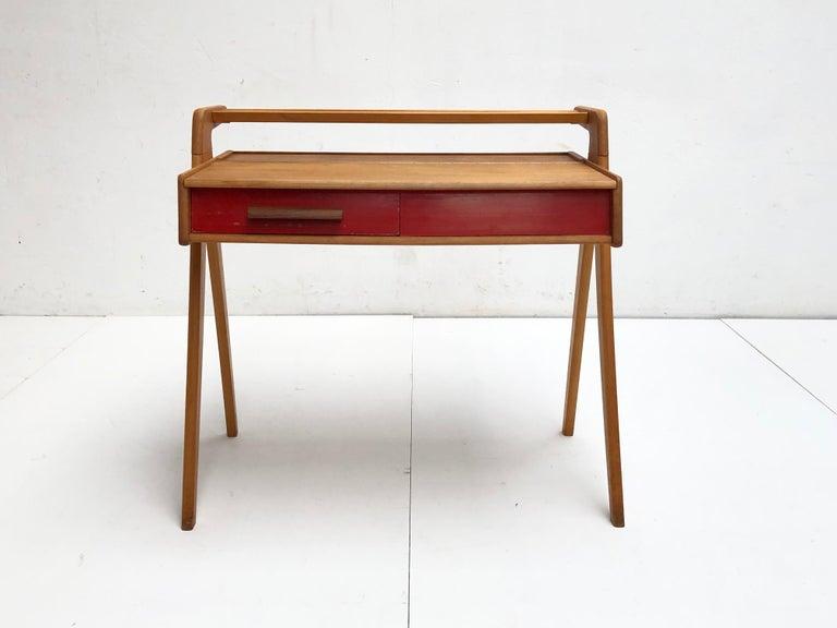 Dutch Mid-Century Modern Solid Birch Vanity Desk by Everest Furniture, 1950s For Sale 4
