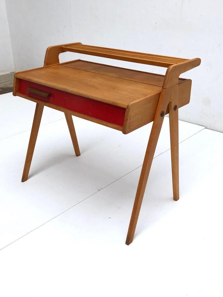 Dutch Mid-Century Modern Solid Birch Vanity Desk by Everest Furniture, 1950s For Sale 5