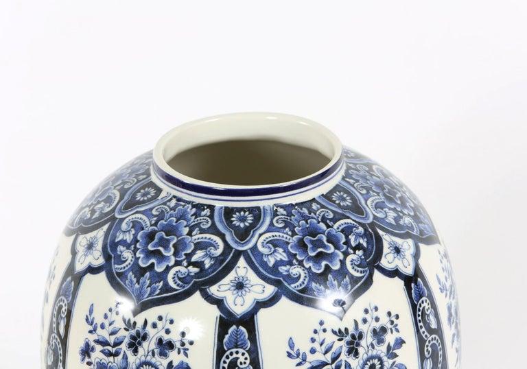 Dutch Porcelain Covered Decorative Urn For Sale 3