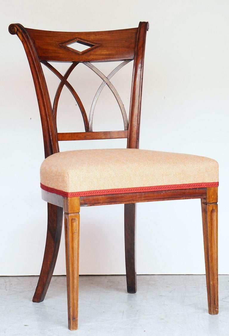 Dutch Upholstered Dining Chairs of Mahogany For Sale 7
