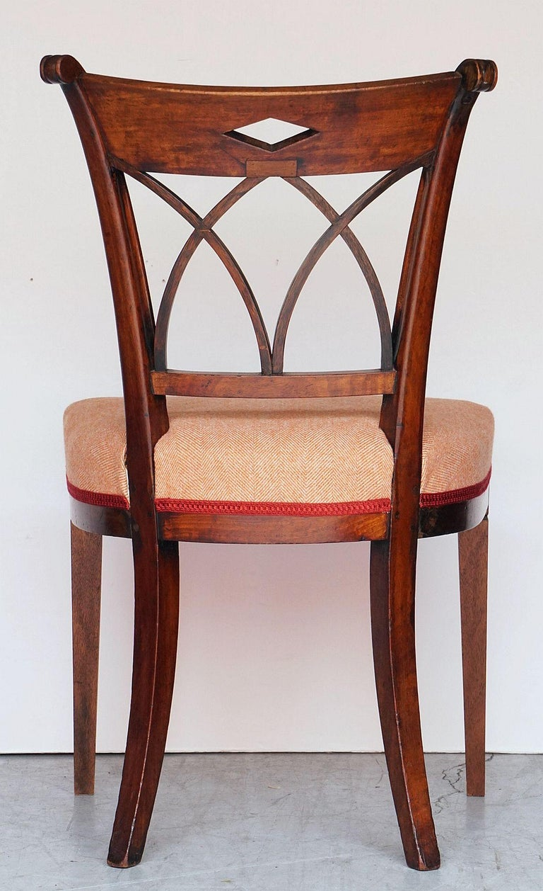 Dutch Upholstered Dining Chairs of Mahogany For Sale 15