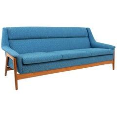 DUX Midcentury Sofa