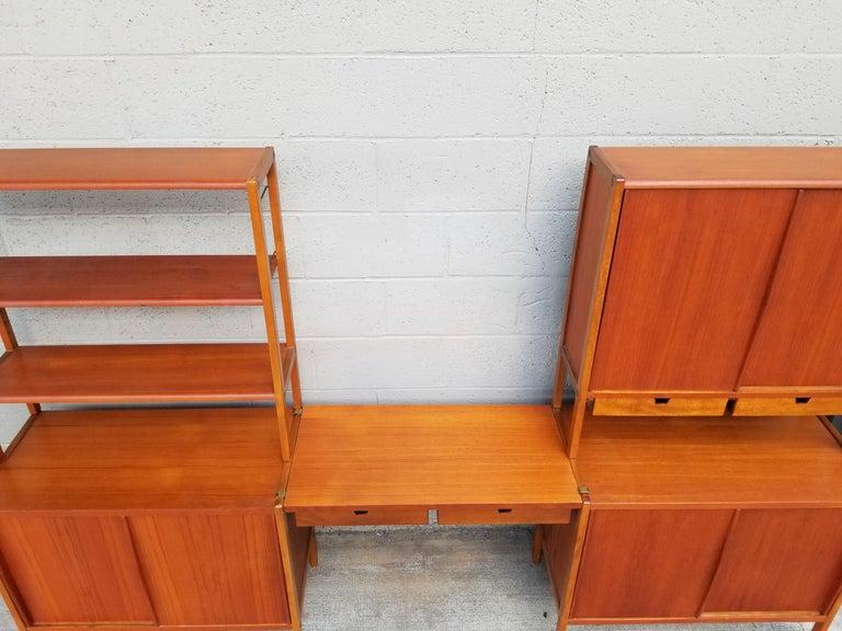 Dux Teak Danish Modern Storage / Shelf / Wall Unit For Sale 3