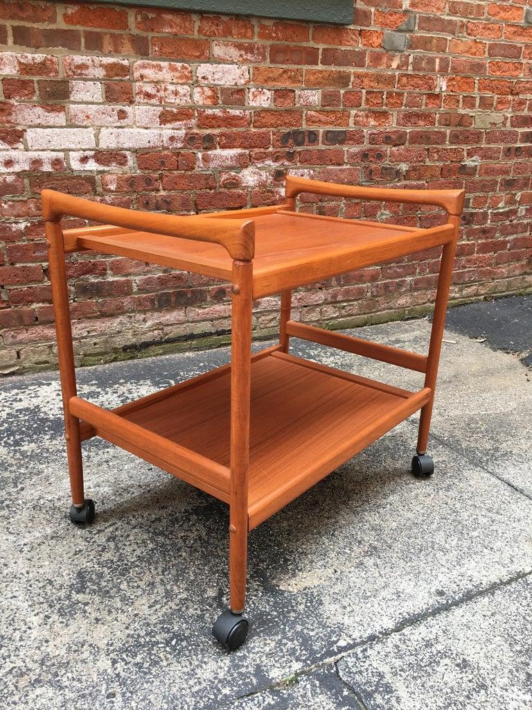Dyrlund Danish Teak Rolling Cart In Good Condition In Garnerville, NY