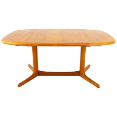 Dyrlund Midcentury Hidden Leaf Teak Dining Table