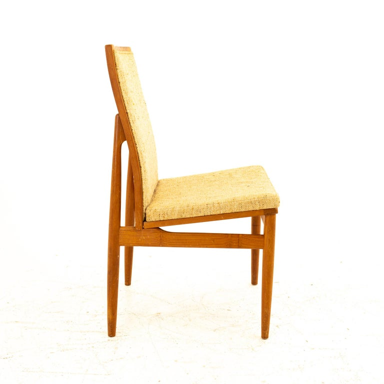 Dyrlund Midcentury Teak Upholstered Dining Chairs, Set of 6 In Good Condition For Sale In La Grange, IL