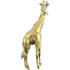 E. Wolfe & Co. 18 Karat Yellow Gold Round Diamond Giraffe Brooch
