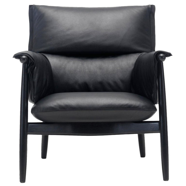 For Sale: Black (Thor 301) E015 Embrace Lounge Chair in Painted Black Oak and Black Edging Strip by Eoos