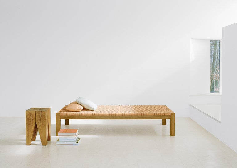 e15 Theban Daybed with Walnut Waxed Base by Ferdinand Kramer In New Condition For Sale In Washington, DC
