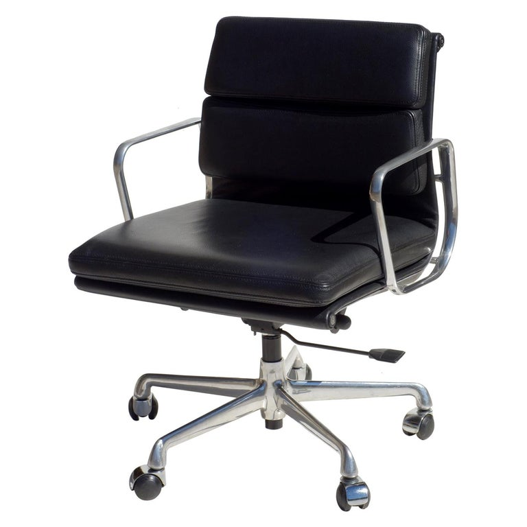 EA 217 Charles Eames by ICF Soft Pad Black Leather Desk Chair For Sale