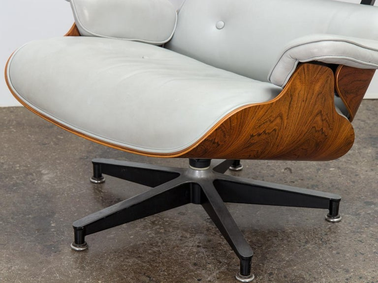 Leather Eames 670 Lounge Chair and 671 Ottoman For Sale