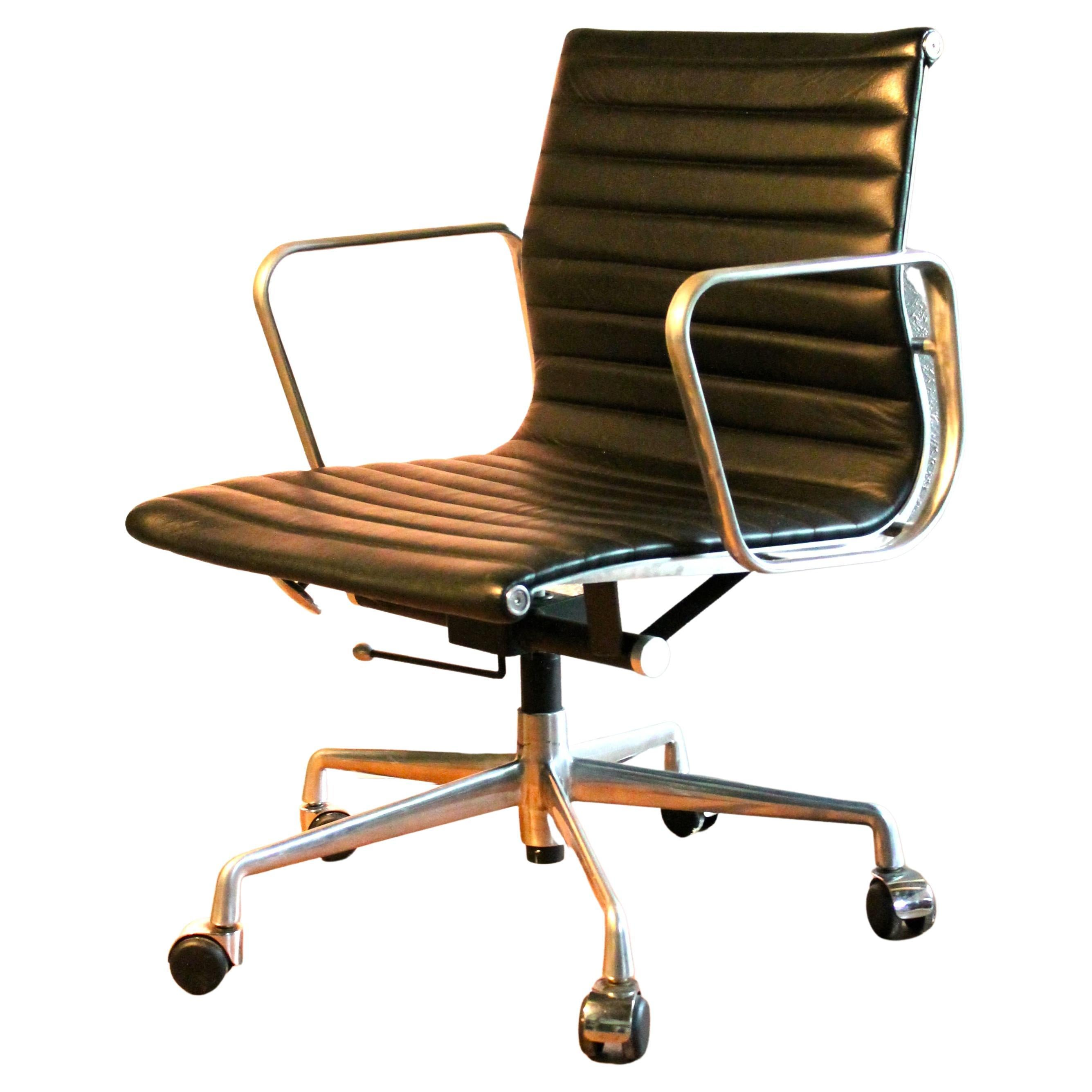 Eames Aluminum Group Black Leather Herman Miller Desk Chair