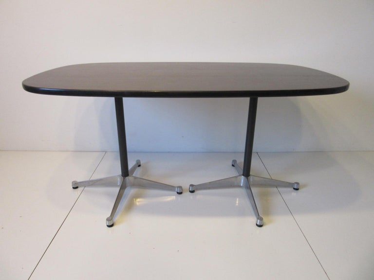 Eames Aluminum Group Dining Table for Herman Miller For Sale 3