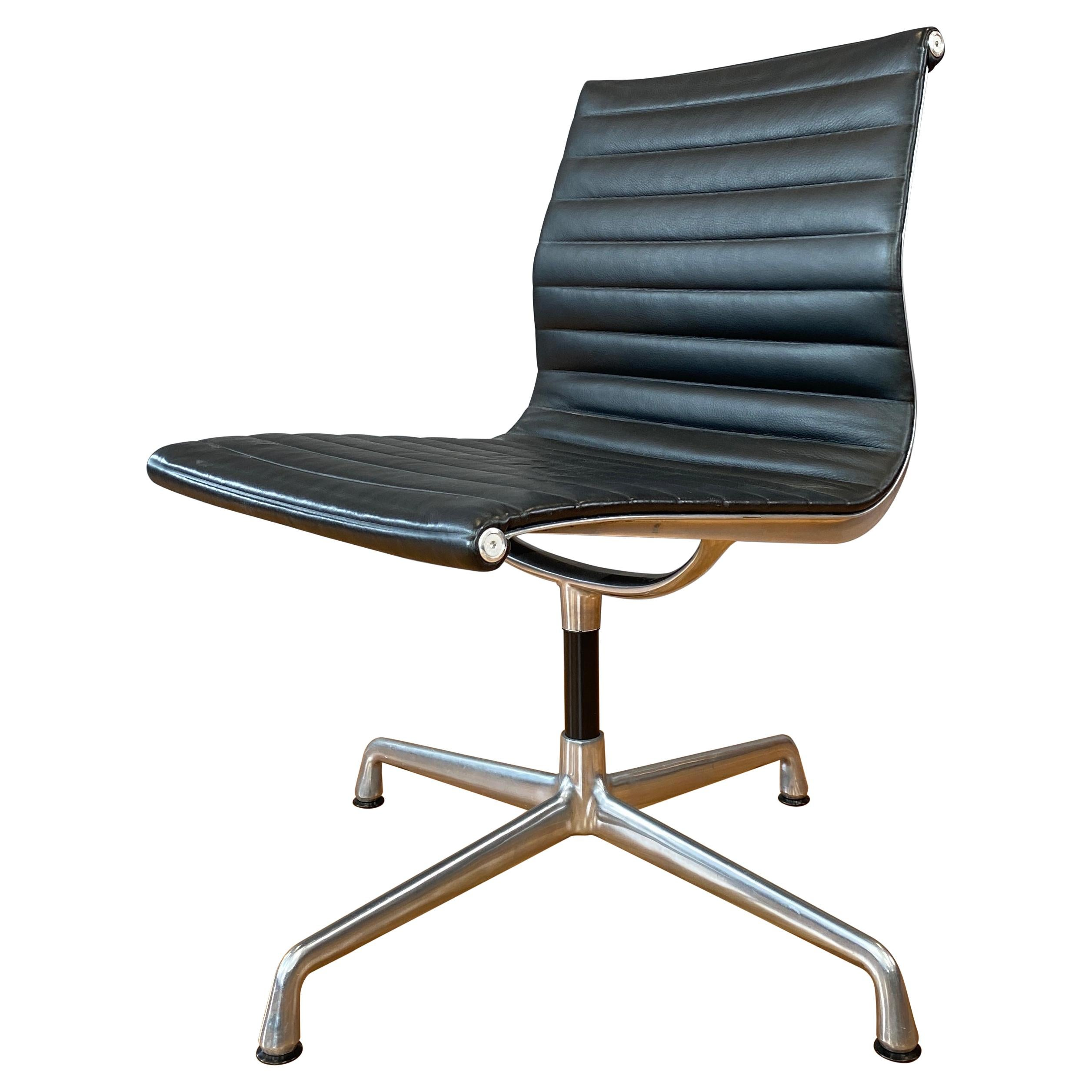 Eames Aluminum Group Side Chair, in Black Leather, 4 Star Base