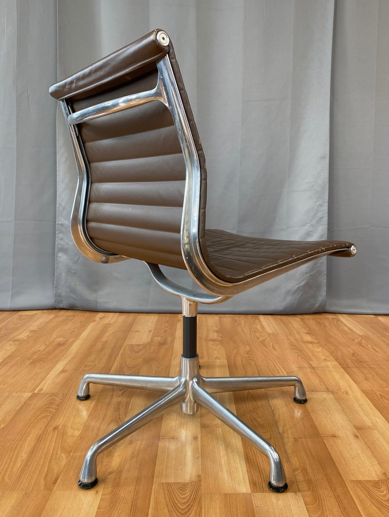 Contemporary Eames Aluminum Group Side Chair, in Brown Leather 5 Star Base For Sale