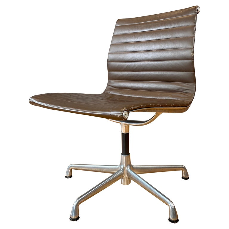 Eames Aluminum Group Side Chair, in Brown Leather 5 Star Base For Sale