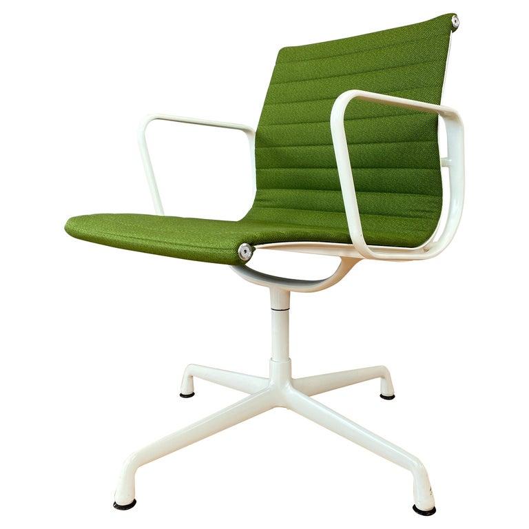 Eames Aluminum Group Side Chair, White Frame, Light Olive Green Upholstery For Sale