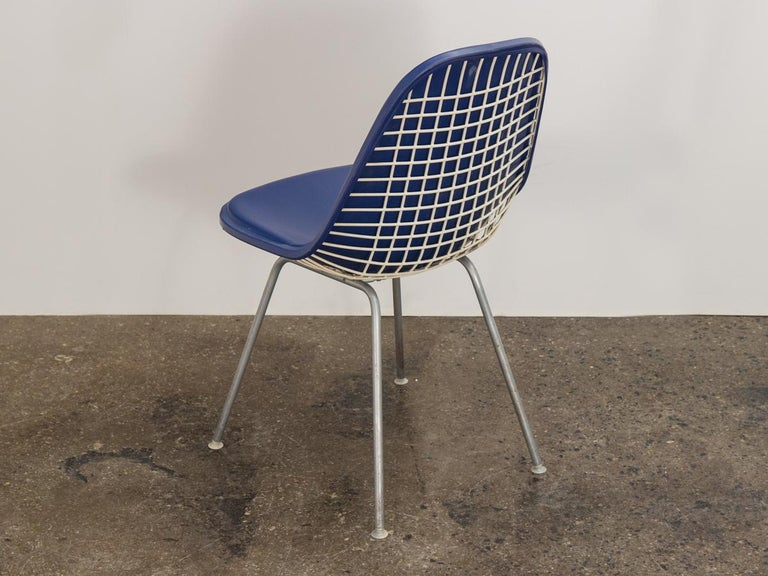 Mid-Century Modern Eames Blue Padded Wire Shell Chair For Sale