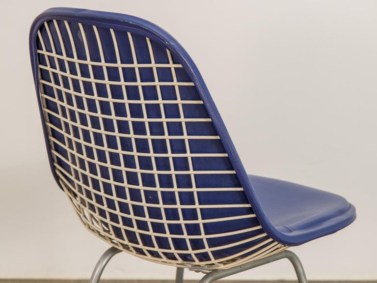 20th Century Eames Blue Padded Wire Shell Chair For Sale