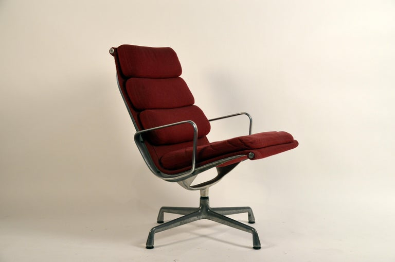Aluminum Eames Burgungy EA 216 Soft Pad Swiveling Lounge Chair for Herman Miller For Sale
