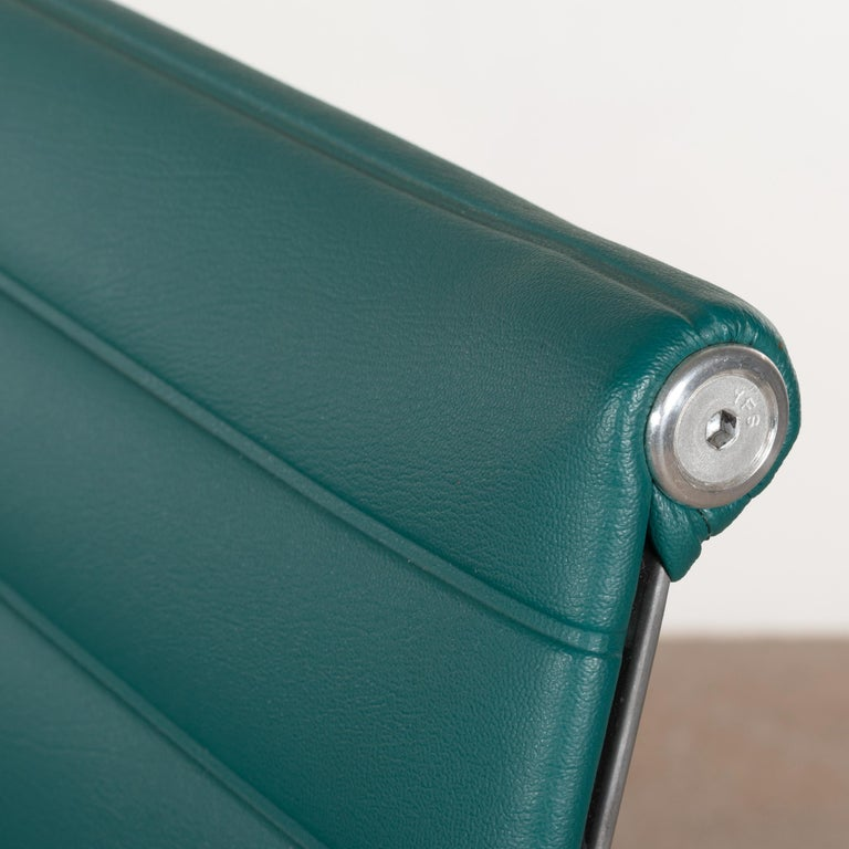 Eames Conference Chair in Turquoise Vinyl for Herman Miller, USA 2