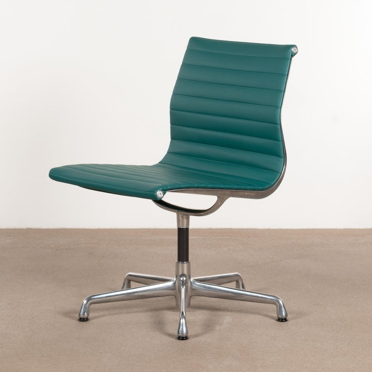 Mid-20th Century Eames Conference Chair in Turquoise Vinyl for Herman Miller, USA For Sale