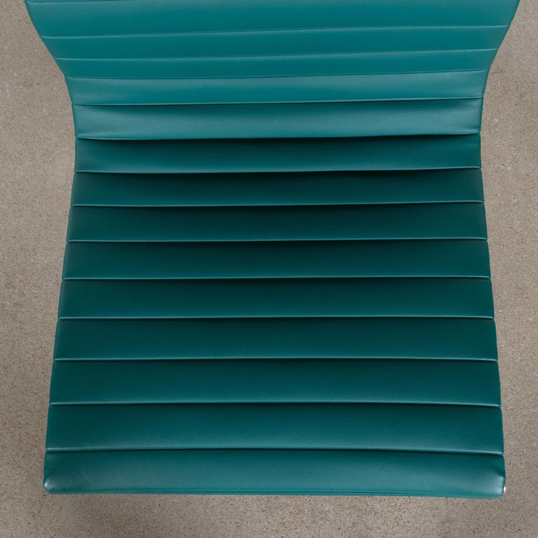 Aluminum Eames Conference Chair in Turquoise Vinyl for Herman Miller, USA For Sale