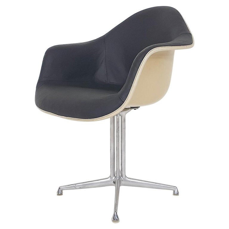 """Eames DAL """"La Fonda"""" Dining Chair by Herman Miller, U.S.A, 1960's For Sale"""