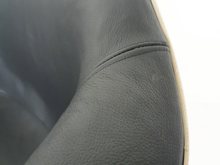 Leather Eames DAL