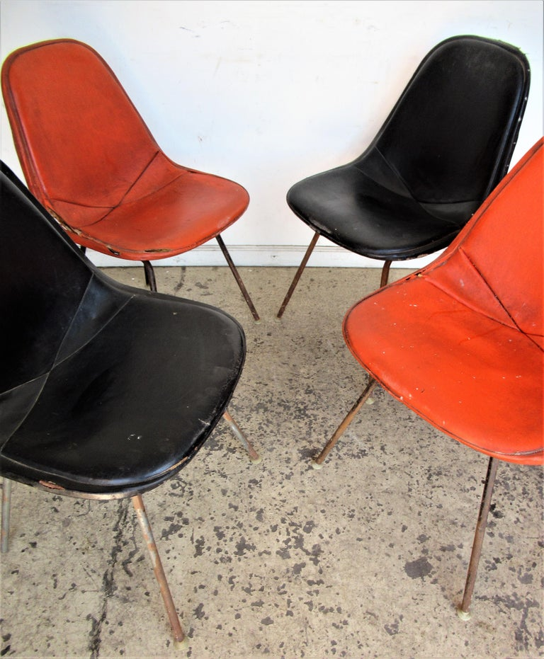 Mid-Century Modern Eames DKX 1 Chairs for Herman Miller For Sale