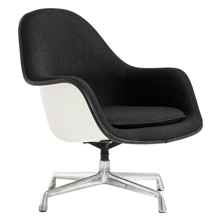Eames EA178 Loose Cushion Armchair for Herman Miller For Sale