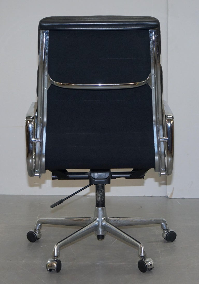 Eames EA219 Vitra High Back Soft Pad Office Armchair Black Leather For Sale 8