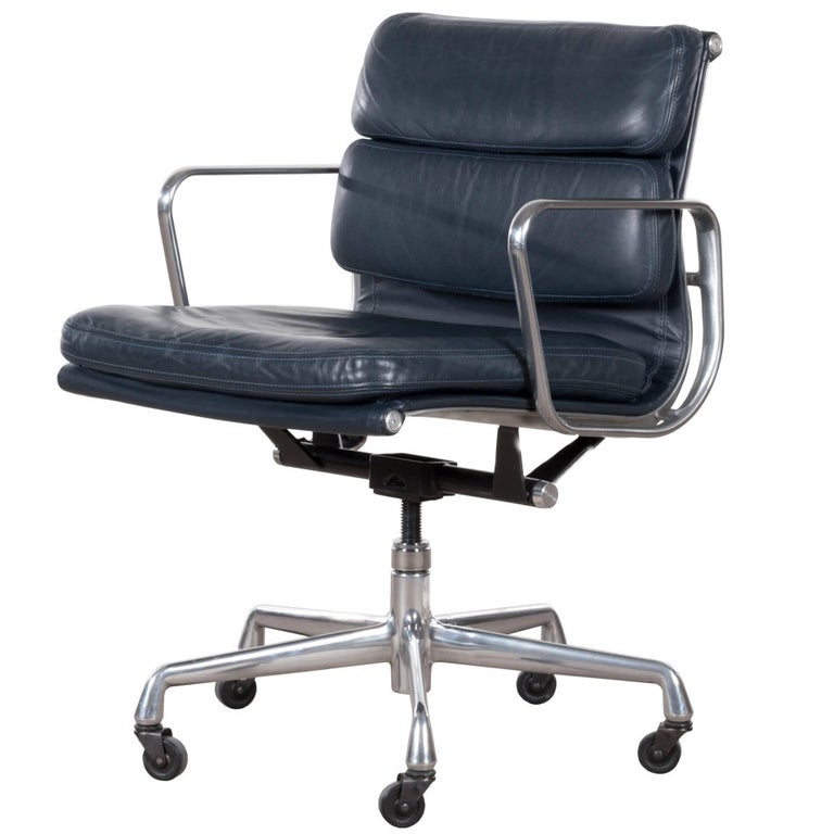 Eames Ea435 Dark Blue Management Soft Pad Office Chair By Herman Miller