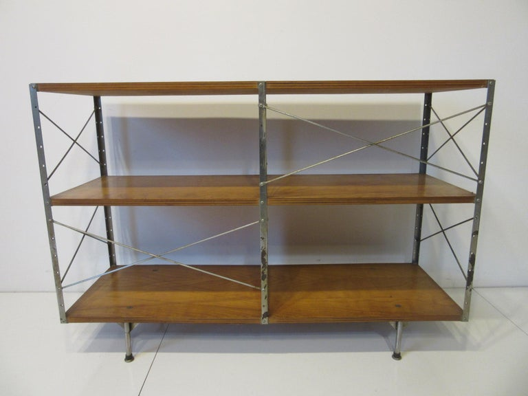 Eames ESU 200- C 'Eames Storage Unit' for Herman Miller For Sale 2