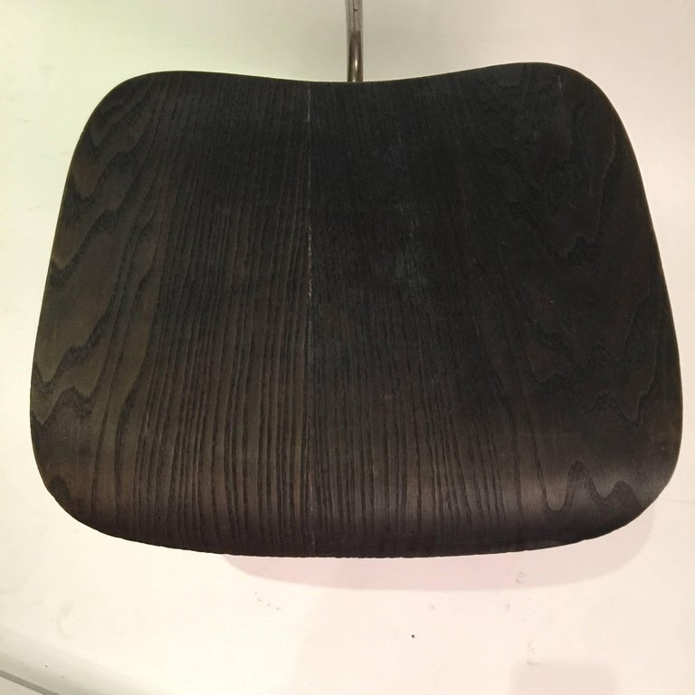 Mid-Century Modern Eames for Evans DCM Chair For Sale