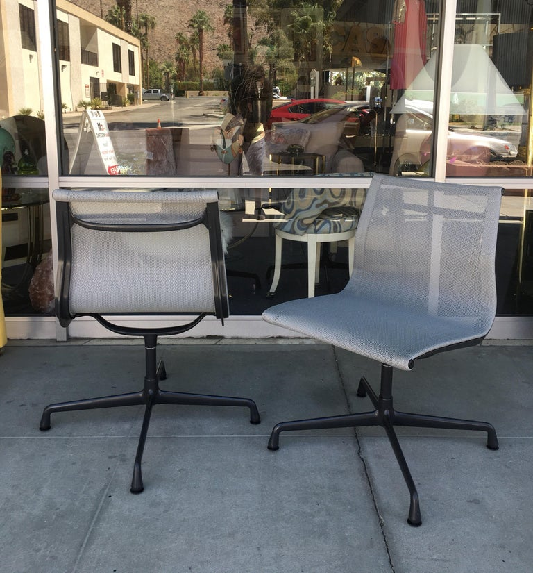 American Eames for Herman Miller 4-Piece Aluminum Group Indoor/Outdoor Chairs For Sale