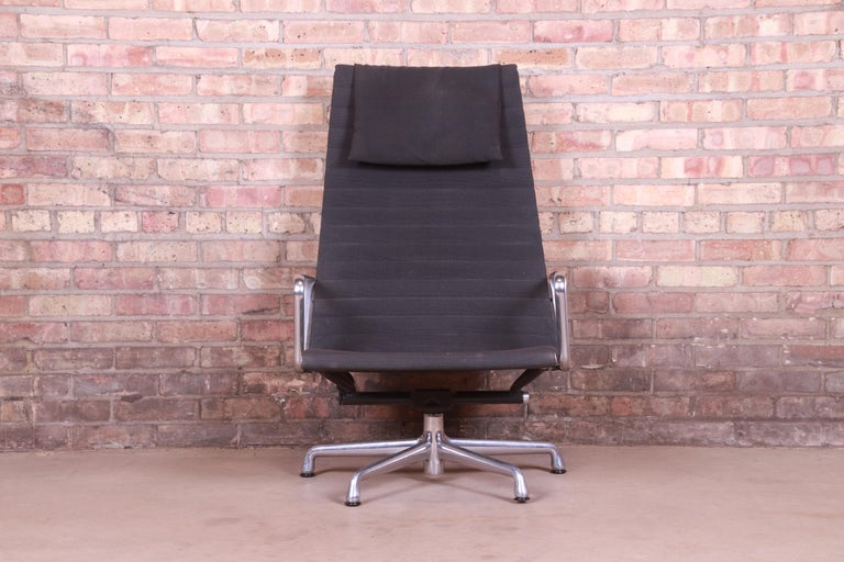 American Eames for Herman Miller Aluminum Group Lounge Chair For Sale