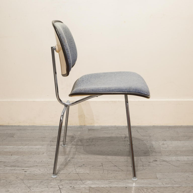 Mid-Century Modern Eames for Herman Miller EC-127 DCM Padded Chair, circa 1970-1988 For Sale