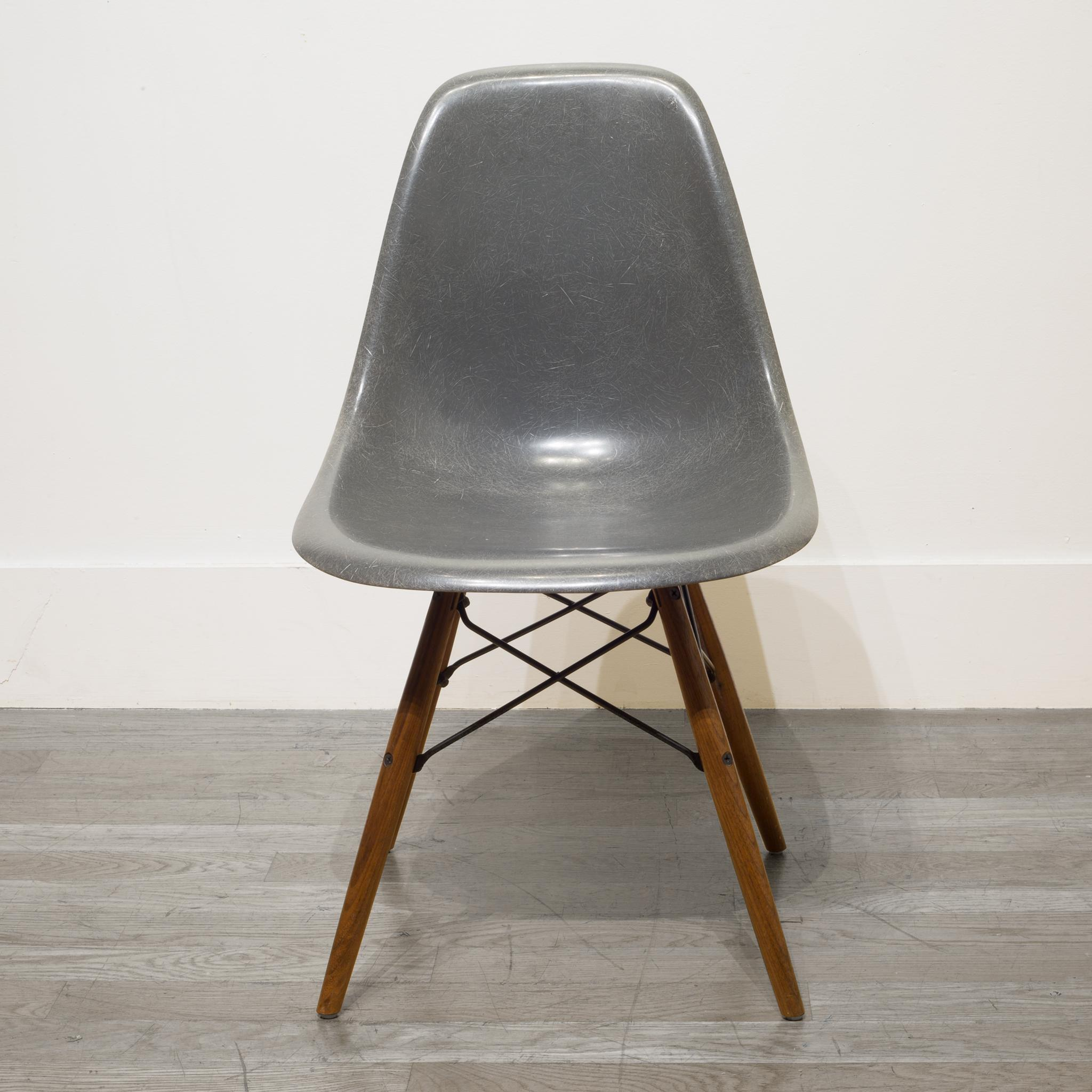 Greige Multiple Authentic Herman Miller Shell Chair Eames Fiberglass Chair