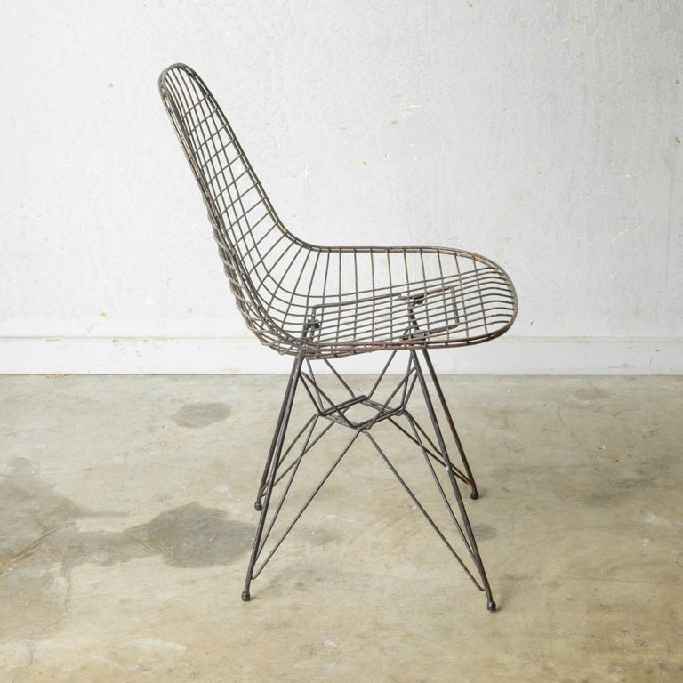 Eames for Herman Miller Wire DKR Chairs, circa 1950 Price is Per Chair For Sale 11