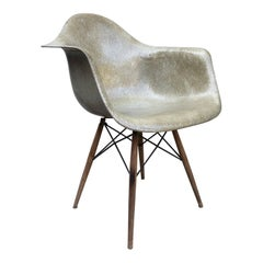 Eames for Herman Miller Zenith Daw Dowel Base Chair, for Mid-Century Collectors