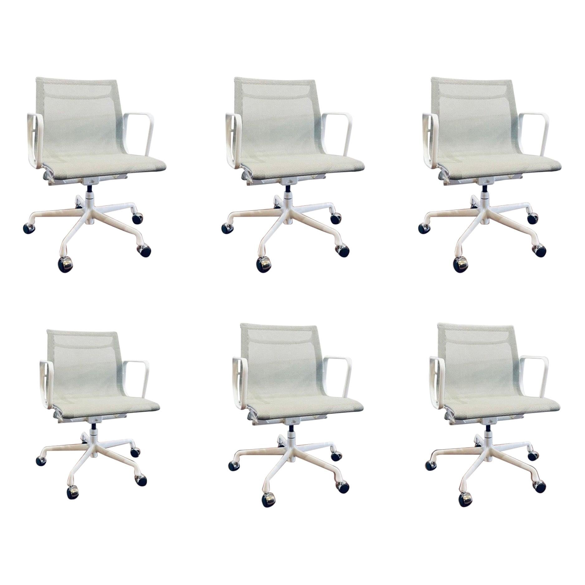 Eames Herman Miller Aluminum Group Chair Casters Grey/White Mesh