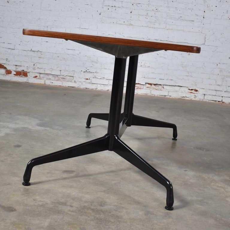Veneer Eames Herman Miller Aluminum Group Conference or Dining Table Rosewood and Black For Sale